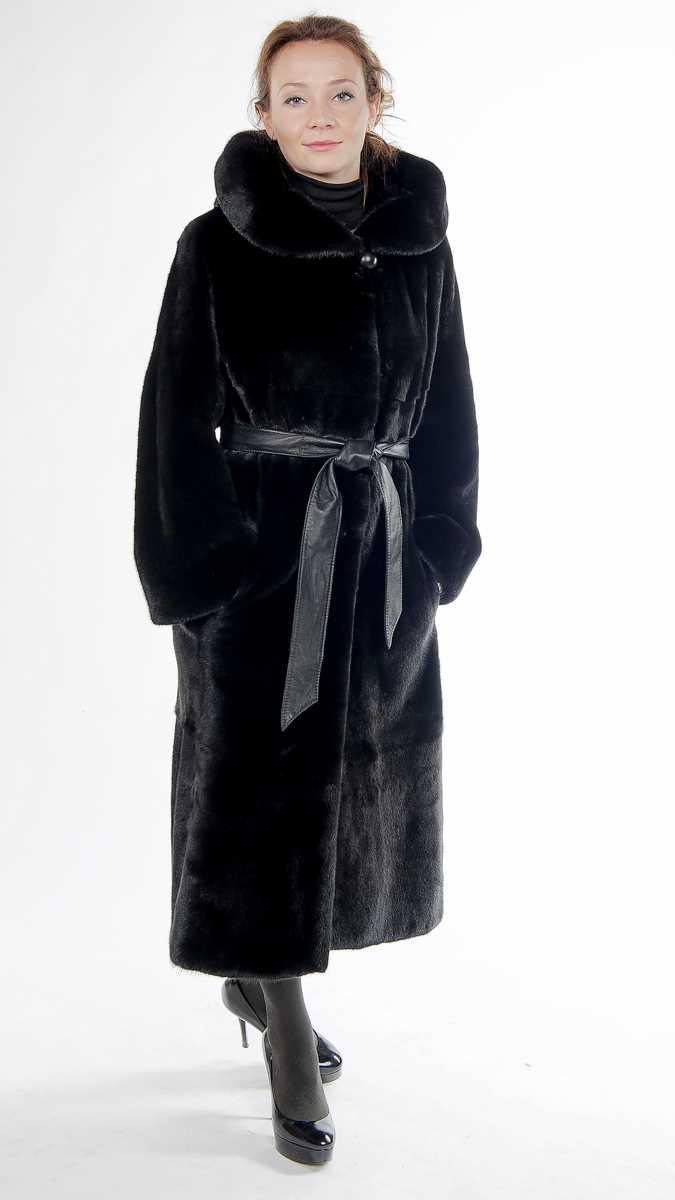 &nbsp;Арт. 397. &nbsp;Шуба из американской норки Black Glama c капюшоном. Длина 110 см.<br /> &nbsp;<s>243 000</s> руб./218 000 руб.
