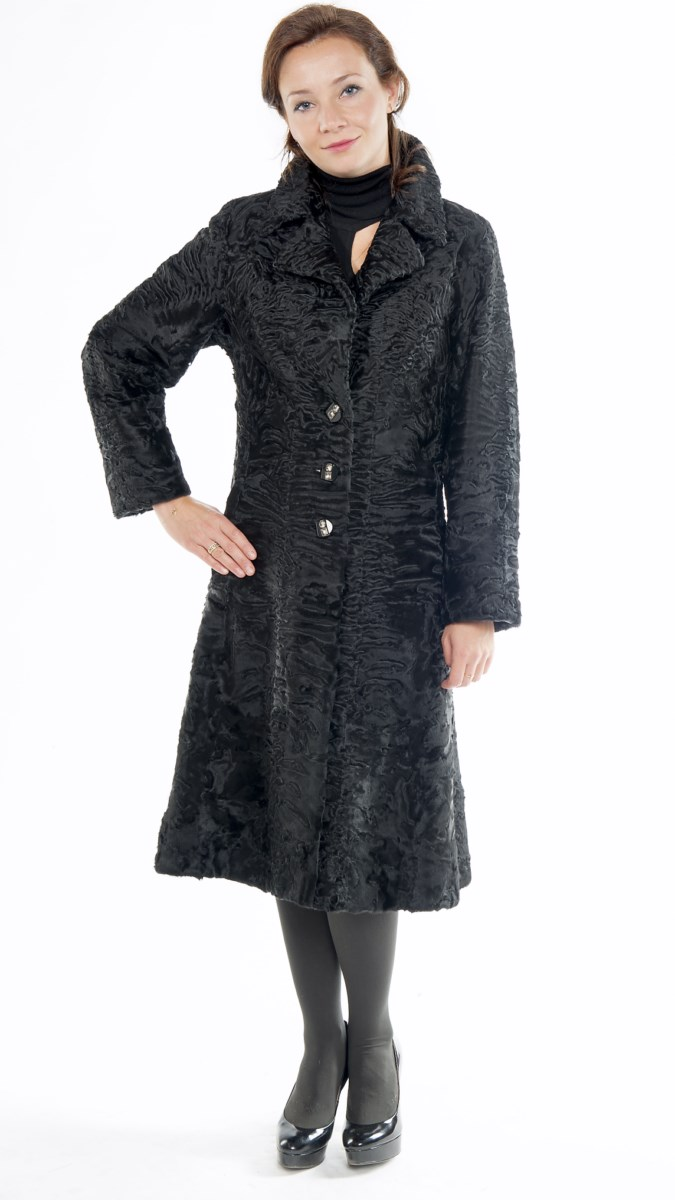 Арт.17. Пальто из каракульчи (свакара). Длина 105-110 см.<br /> <s>178 000</s> руб./140 000 руб.