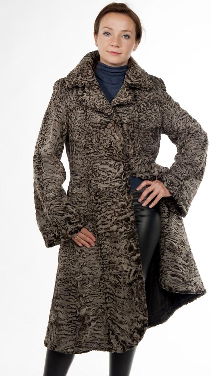 &nbsp;Арт.18. &nbsp;Пальто из каракульчи (свакара). Цвет &laquo;Platinum&raquo;.<br /> &nbsp;<s>178 000</s> руб./160 000 руб.