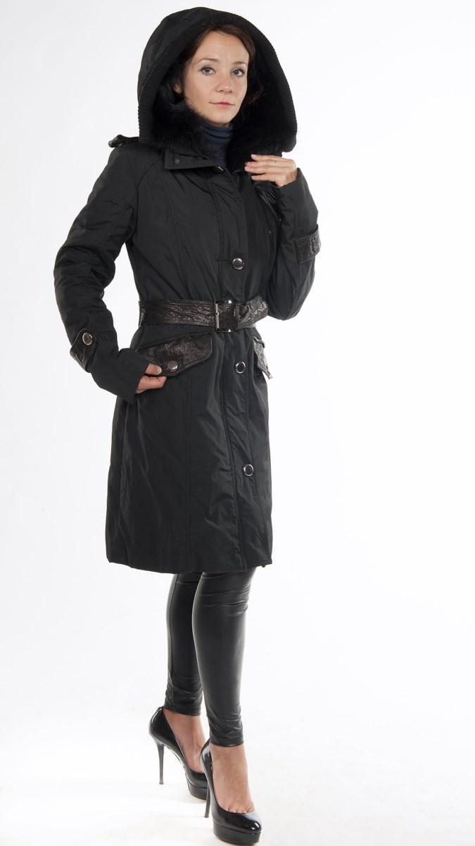 Арт. 52-Т-170. &nbsp;Пальто с отстегиваемым капюшоном, отд. мехом енота и норки.<br /> Производство &laquo;Fontanelli&raquo; Италия.