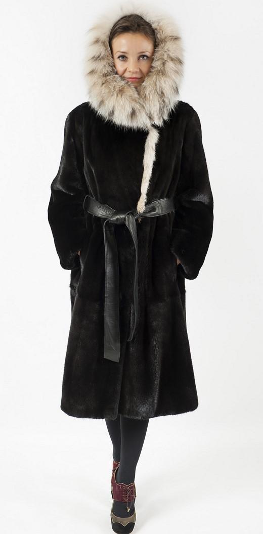 Арт.516. Пальто из американской норки с капюшоном из рыси. Цена 243 000 руб.