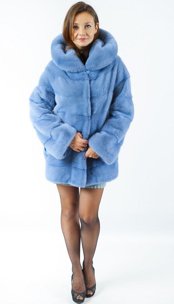 <p>Арт. 577. Полушубок из скандинавской норки сорта &quot;Вельвет&quot;. Цвет голубой. Длина 73 см. Цена 150 000.</p>