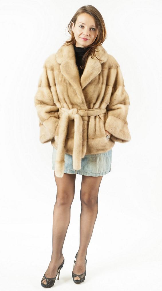 """Арт.513-1. Куртка их скандинавской норки. Цвет """"Паломино"""". Цена 118 000."""