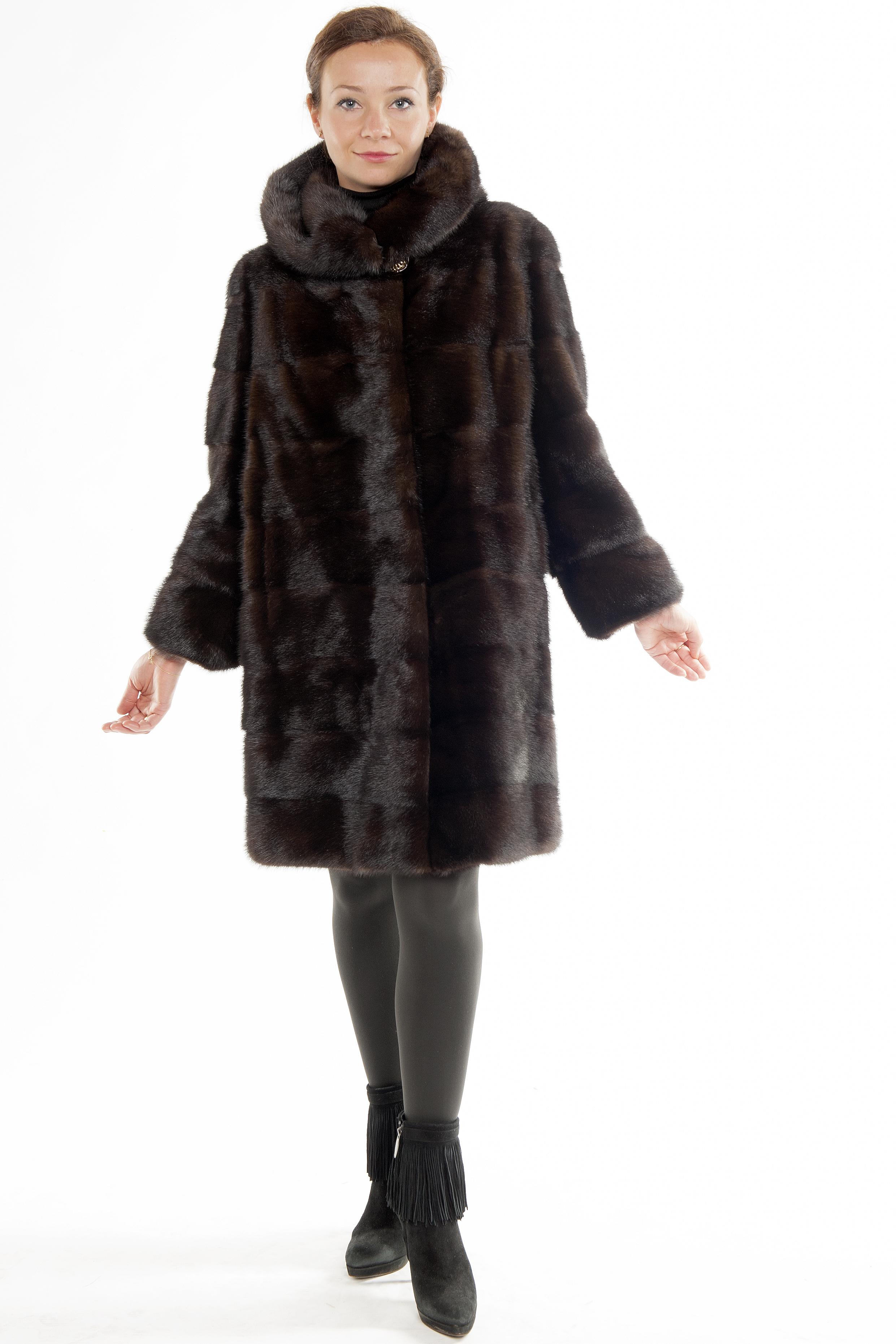 Арт.402. Шуба из скандинавской норки. Цвета:черный,махагон. Длина 100см.82 500 руб.